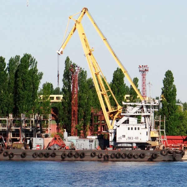 Floating cargo crane (PK 3-63)